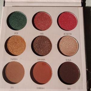 Desert Rose shadow palette eyeshadow cosmetics